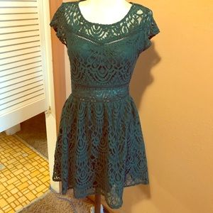 H&M Divided Dress 6 Lace Green Short Sleeve NWT!